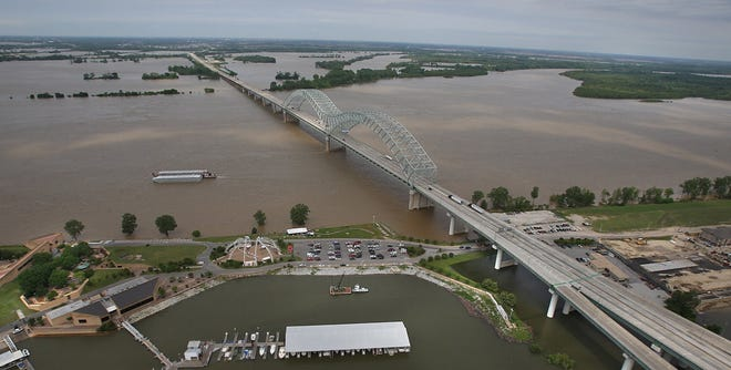 It seems like a win-win to divert floodwater from the Mississippi River and augment dwindling supplies on the Colorado River. But previous studies suggest it'll take money and time that we don't have, which is probably why no one other than Arizona Legislature is touting it.