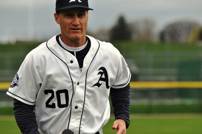 Phillips Andover head baseball coach Kevin Graber will join the staff of the Bourne Braves of the Cape Cod Baseball League for the 2021 season.