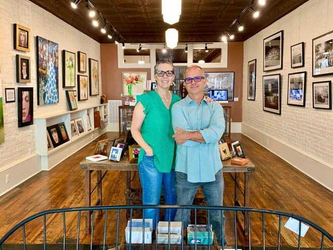 West 7th Co. founders Kim Hayes and Joel Friddell prep the downtown Columbia gallery for a new exhibit, which is in collaboration with Nashville gallery York & Friends.