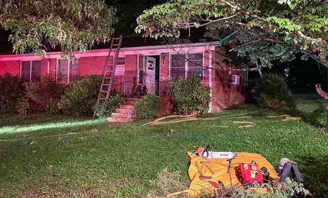 The City of Lexington Fire Department responded to a residential apartment fire at 503 Myers Park Dr. early Wednesday morning.