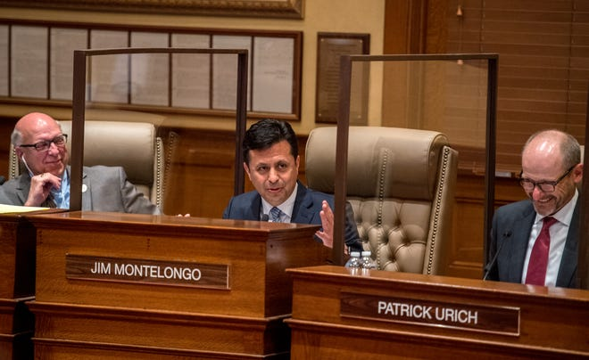 Peoria City Council member Jim Montelongo says his farewells during a City Council meeting on May 4, 2021, at Peoria City Hall. Montelongo lost to Rita Ali in the April 6 mayoral election.