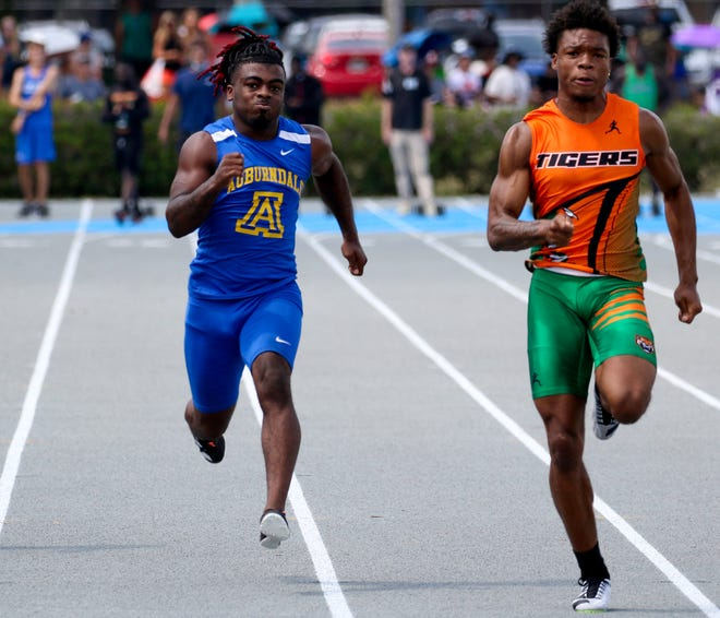 Auburndale senior Anthony Alls runs to a second-place finish in the 100 at the 3A-2 region meet. He has developed a big following on social media with more than 780,000 followers on TikTok.