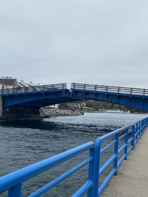 Bus-riding students living on the north side of town had an extra hour added to their trip home after school on Tuesday.  Due to an electrical outage, the bascule bridge was stuck open and all traffic had to be rerouted around Lake Charlevoix.