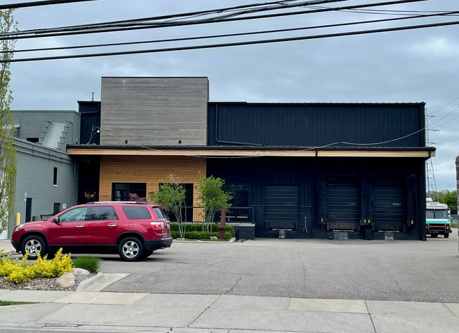 Eastern Market Brewing Co. will operate a new brewing facility and taproom at 330 E. Lincoln Ave., where Roak Brewing Co. once stood.