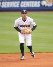 Le joueur de Toledo Mud Hens, Zach Short, joue au football contre Nashville Sounds le 4 mai 2021 à Toledo, Ohio.