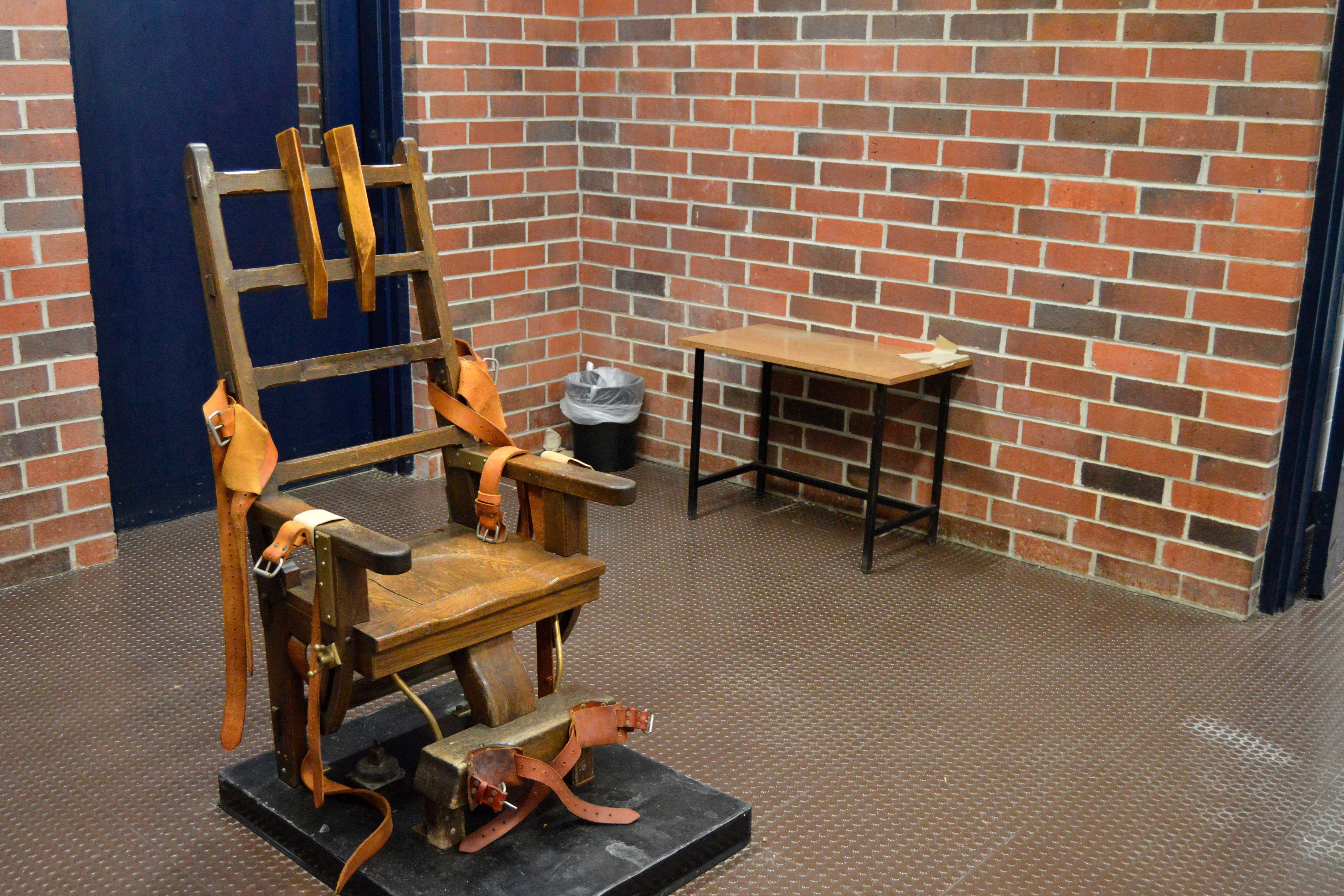 South Carolina House adds firing squad to execution methods 1
