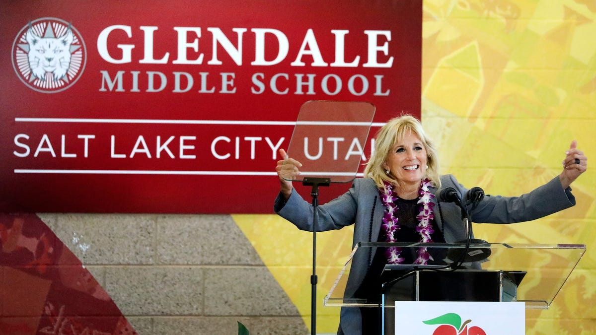 Jill Biden visits Utah school as US moves toward reopening 2