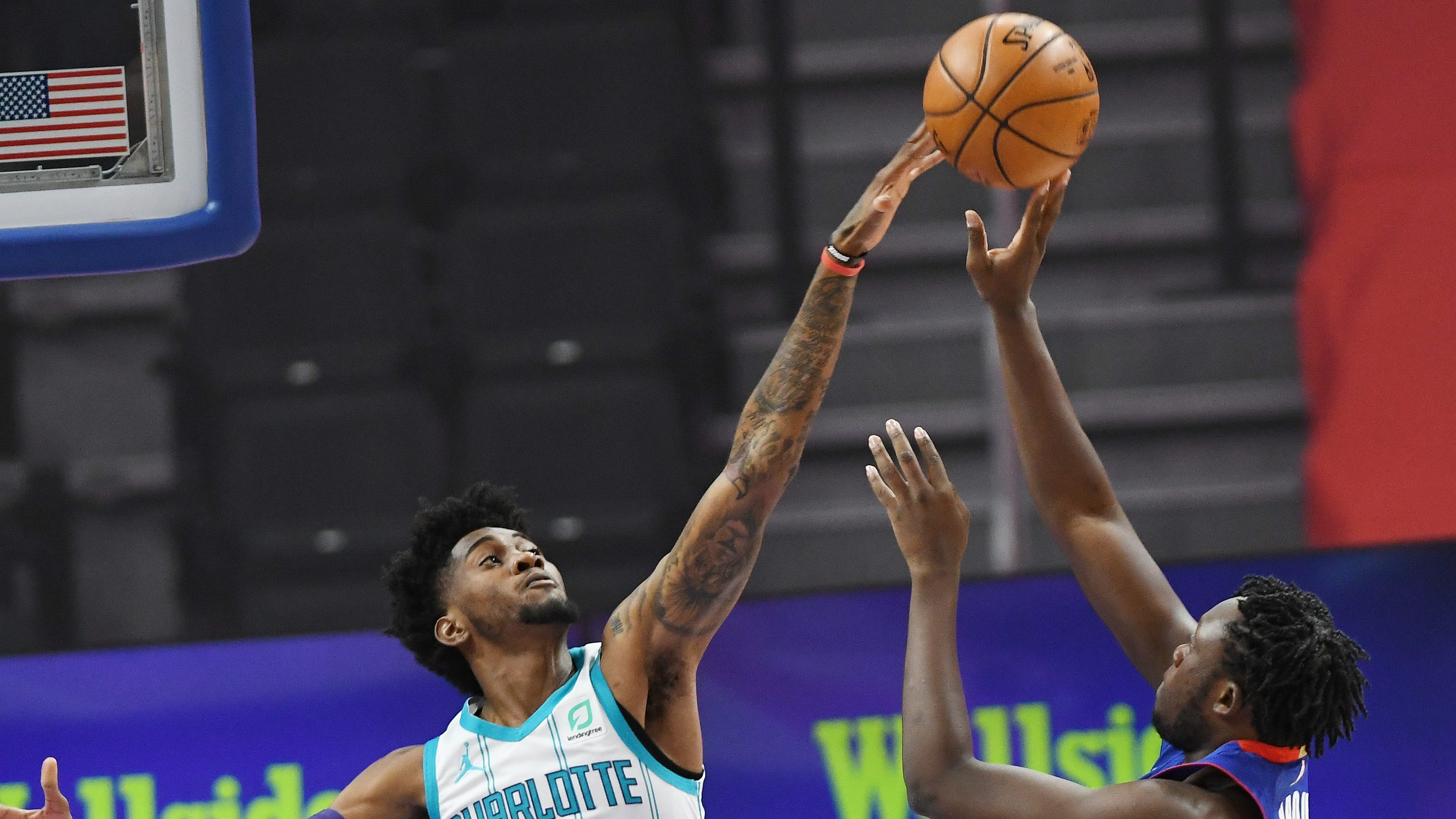 Diallo, Doumbouya combine for 55 points but Pistons lose to Hornets, 102-99