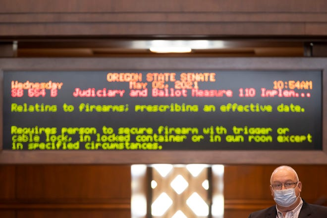 Sen. Lynn P. Findley, R-Vale, speaks out against the gun bill Senate Bill 554 before the Senate votes in the Oregon State Capitol building in Salem, Oregon on Wednesday.