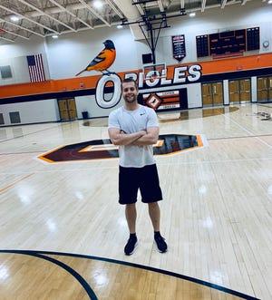 New Lennox boys basketball coach Chris Buckmiller