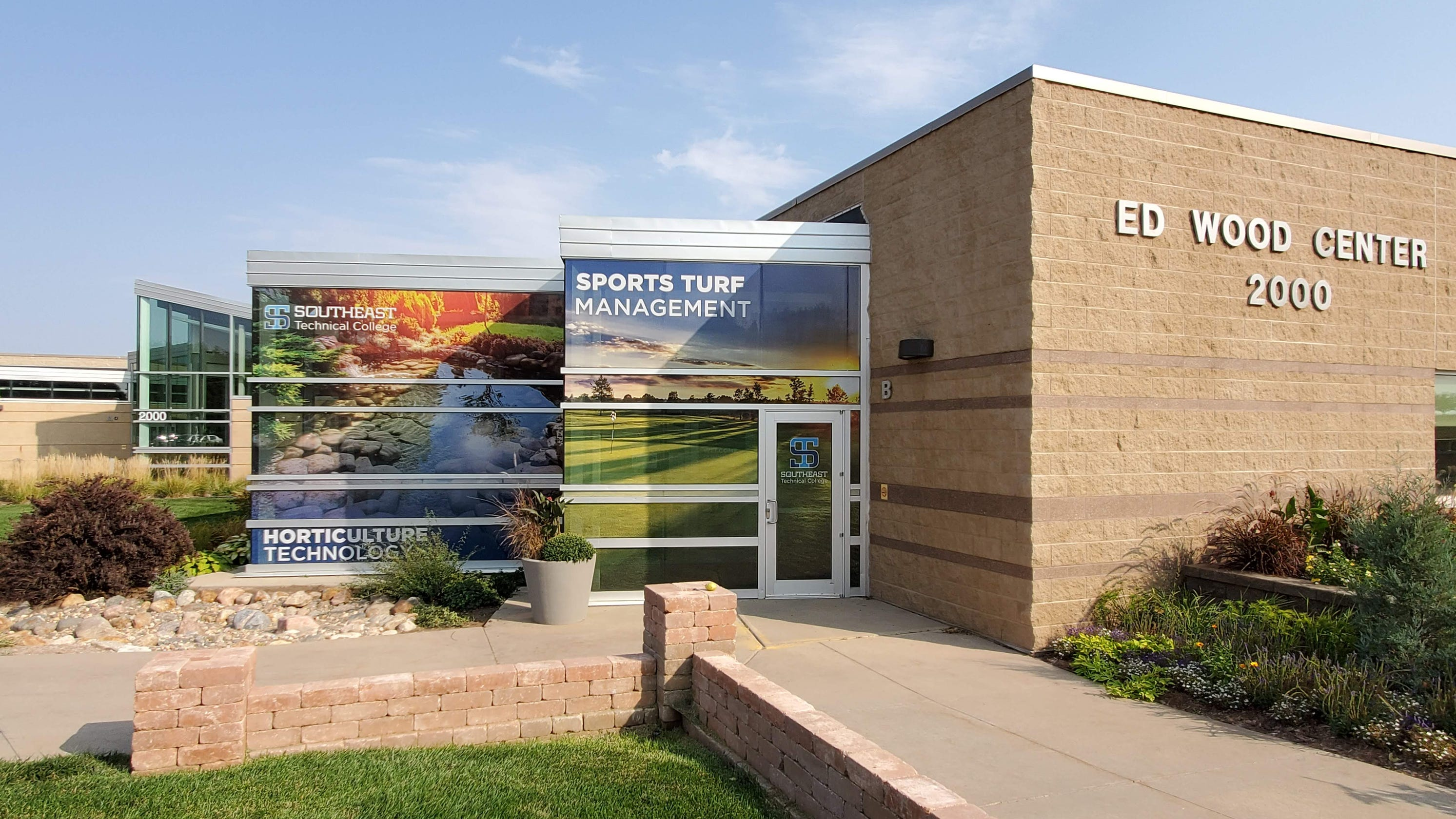 Southeast Tech offers summer career academies in construction, horticulture for Sioux Falls students