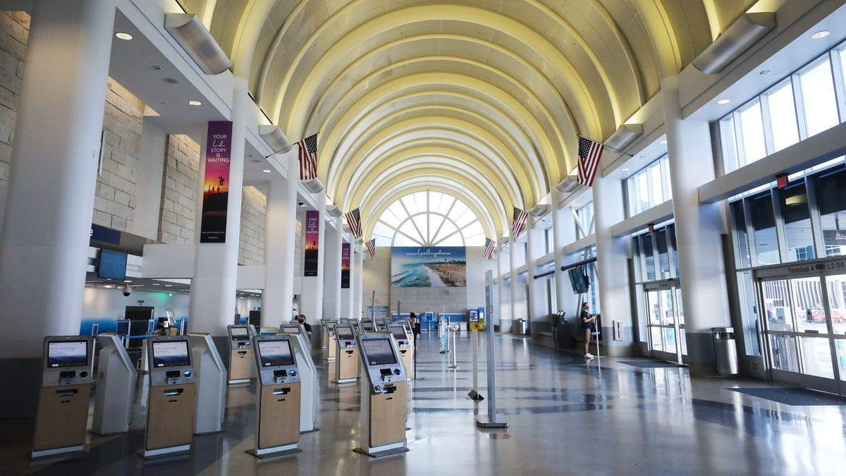 What we'll miss about pandemic travel: Cheap tickets, empty middle seats, short TSA lines