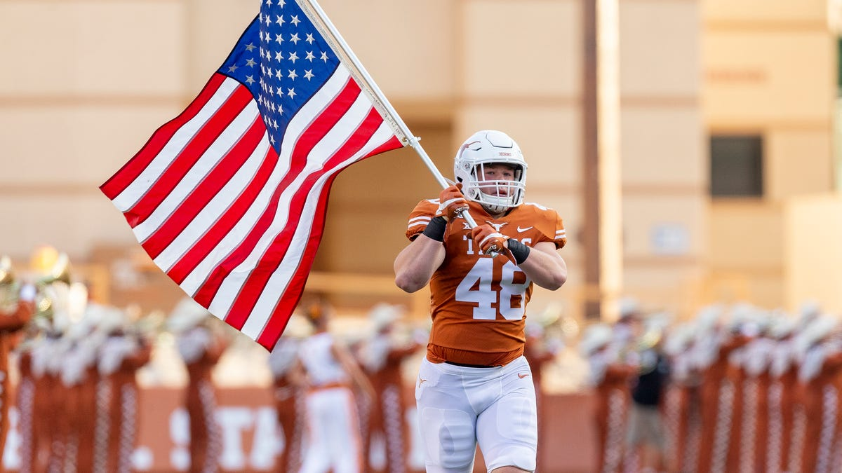 Austin police: Texas linebacker Jake Ehlinger found dead off campus
