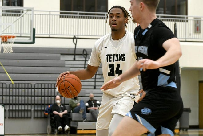 Nathaniel Powell in a game for Williston State College this winter.