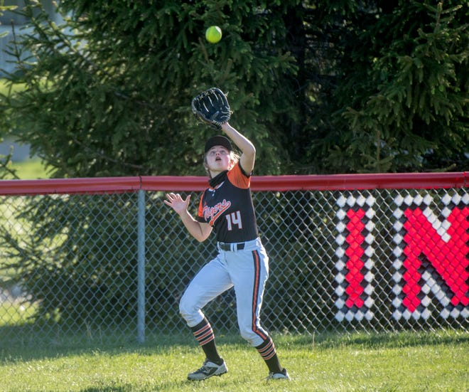 Illini Bluffs and centerfielder Taylor Purdy begin the Class 1A softball postseason this week as the top-ranked team in their class.