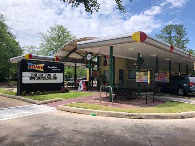 The Sonic Drive-In at 2162 NW 39th Ave. in Gainesville. Another location of the fast food chain is being proposed about 8 miles away on Archer Road, west of Interstate 75. [Emily Mavrakis/The Gainesville Sun]