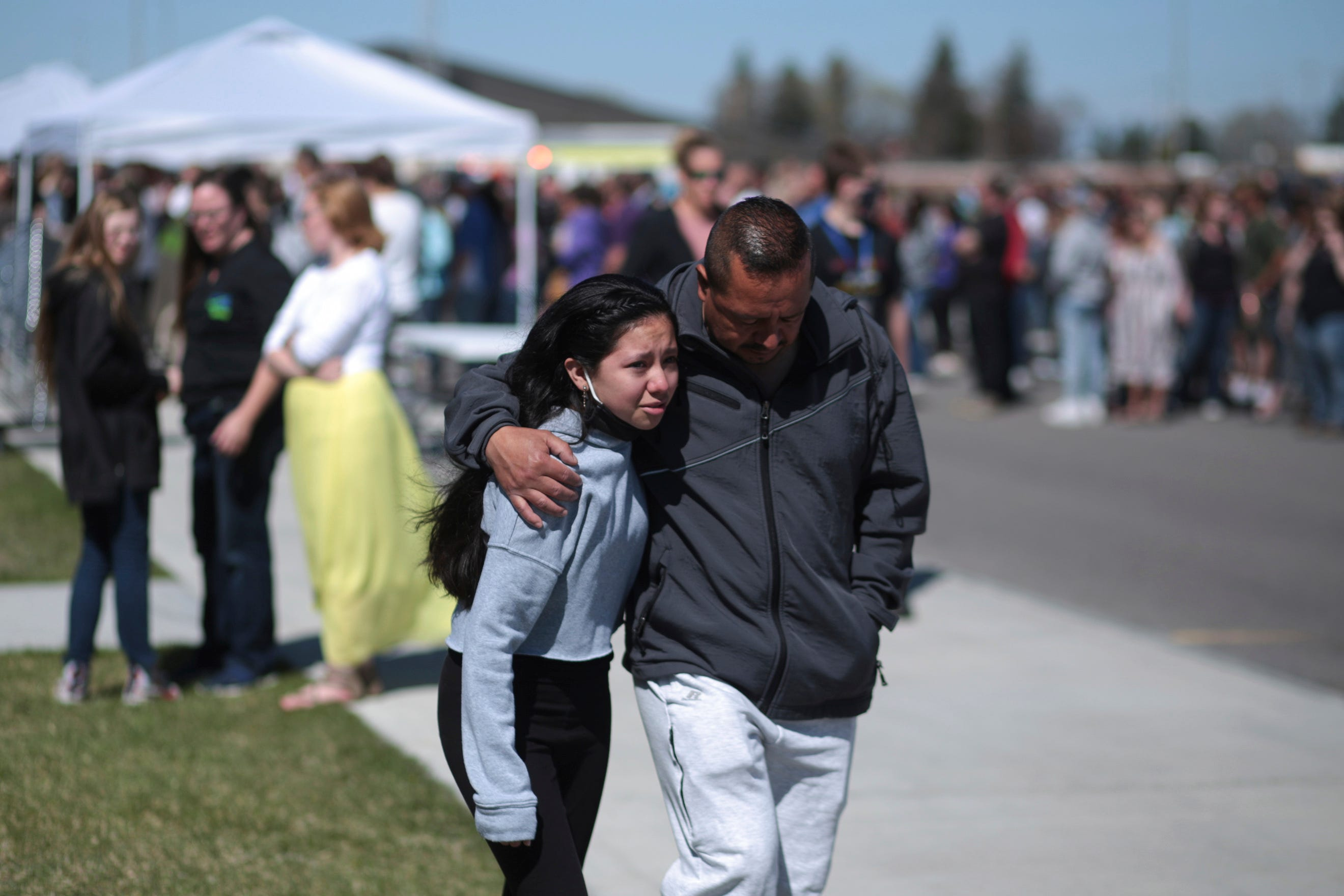 3 injured in Idaho middle school shooting; suspect captured 1