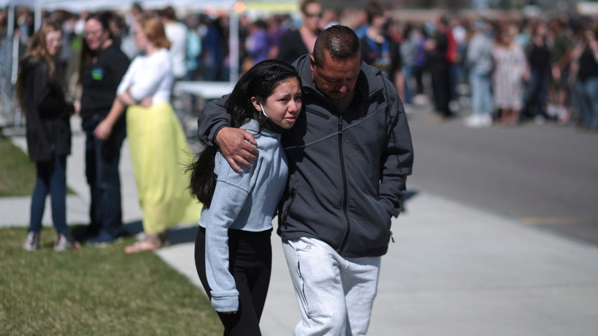 3 injured in Idaho middle school shooting; suspect captured 2