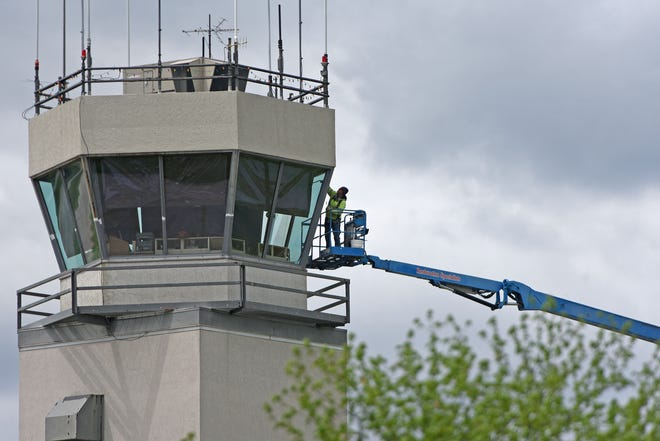 A file photo of the Mansfield Lahm Regional Airport tower.
