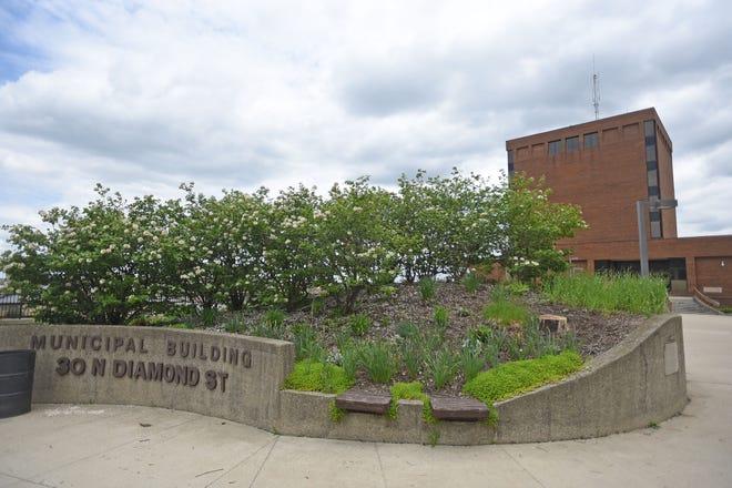 Mansfield Municipal Building.
