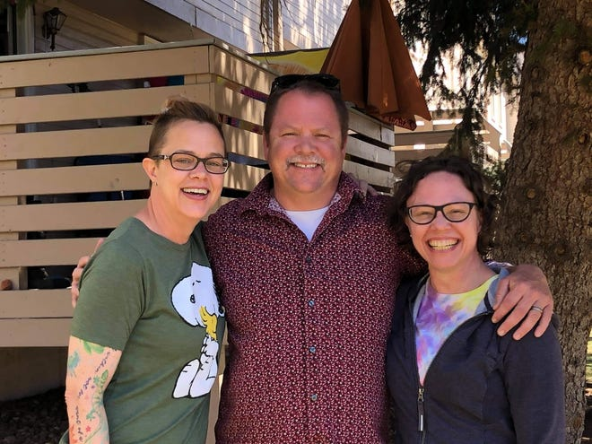 Blair Wyman of T or C with his half sisters Beth and Andrea Petersen.