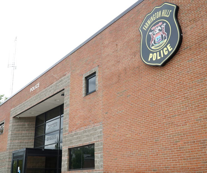 The Farmington Hills Police Department building on Eleven Mile Road. The city's dispatch services are located on its second floor.