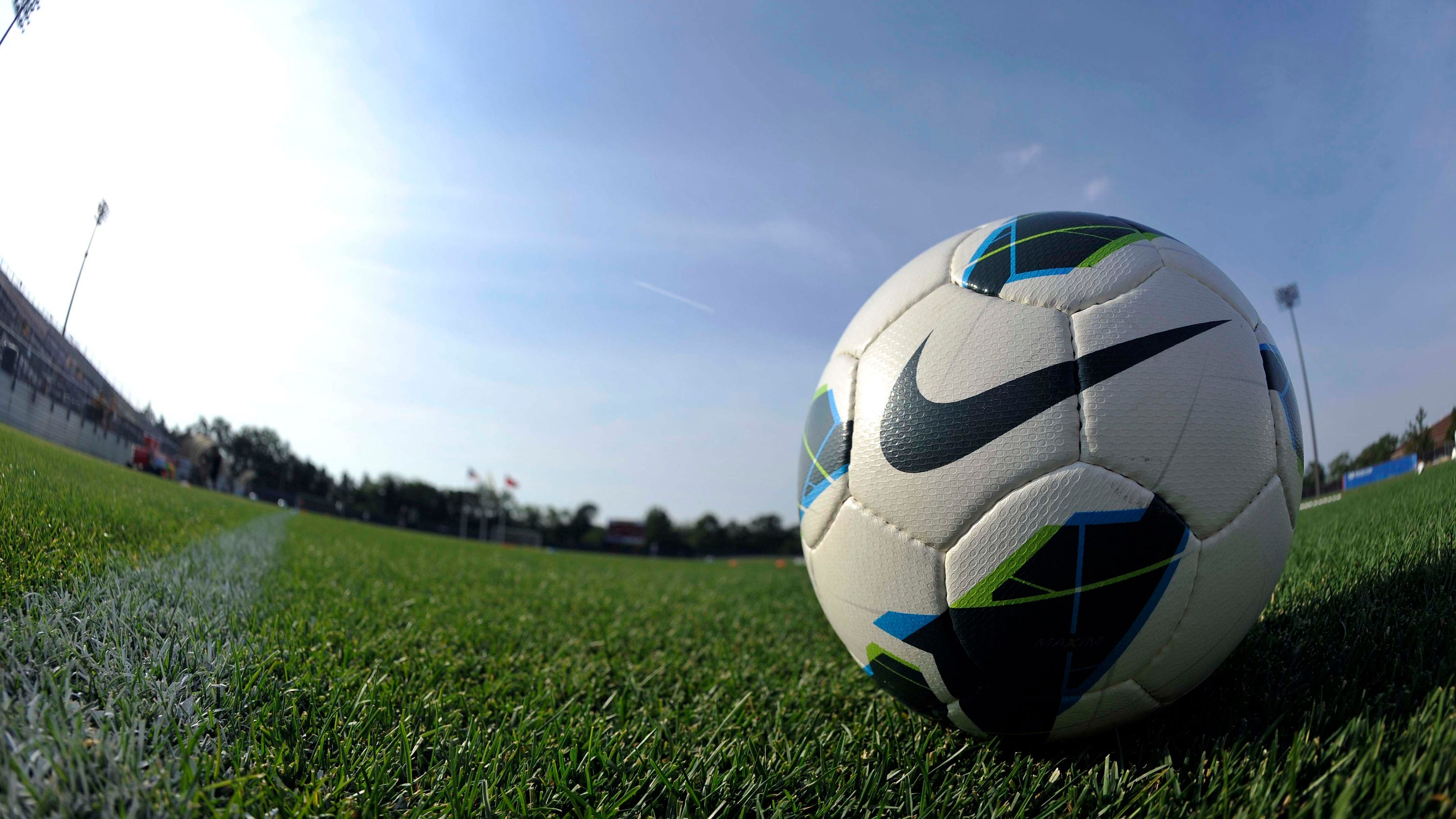 15-year-old soccer player sues NWSL over age restrictions