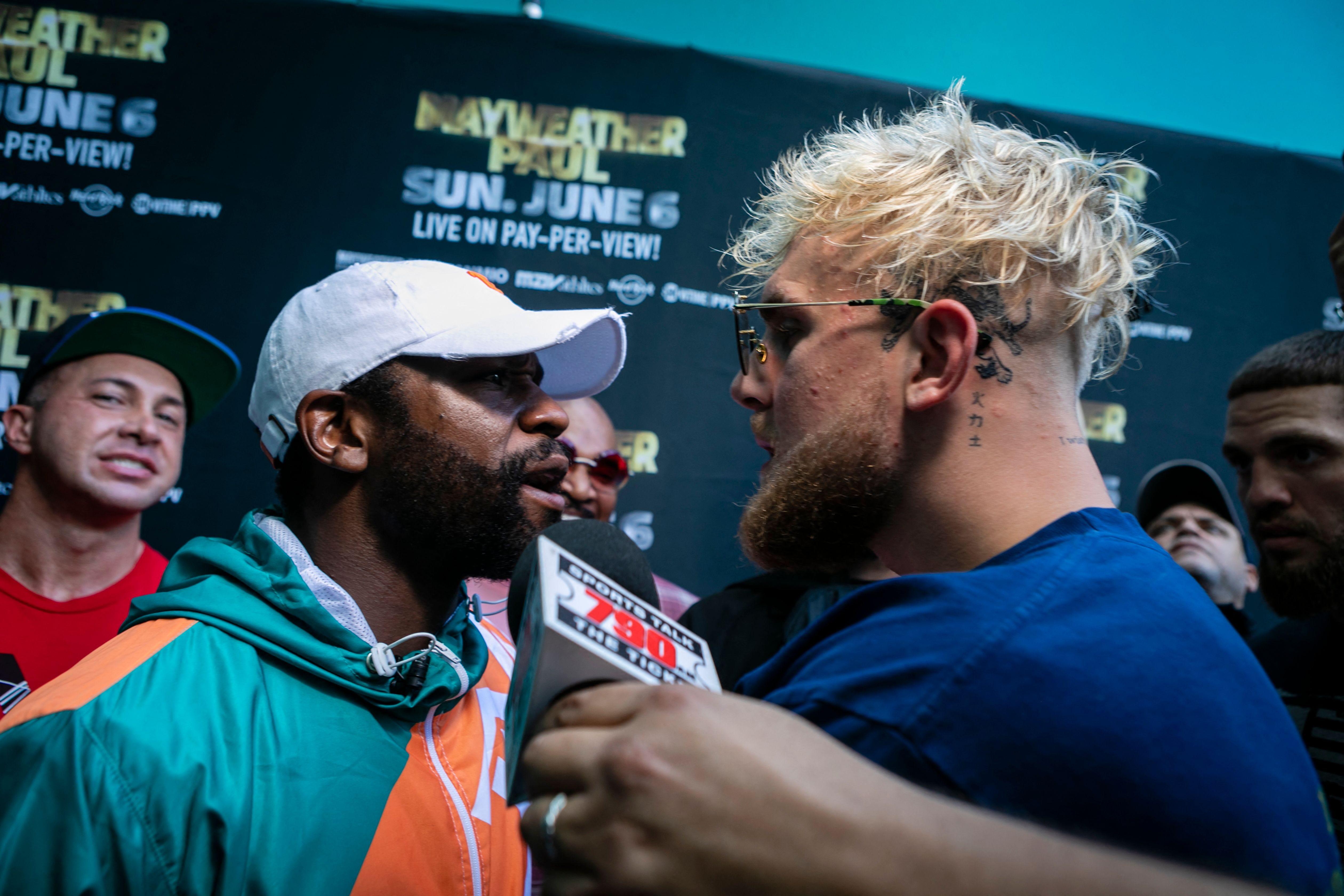 'I'll kill you': Floyd Mayweather, Jake Paul scrap after YouTube star swipes former champ's hat