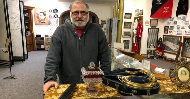 Salem Historical Society David Shivers will lead a program showing off his favorite items in the society's collection.