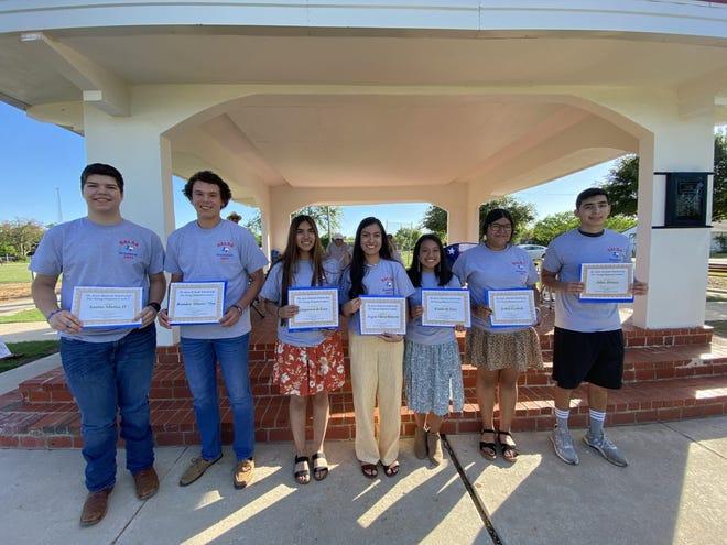 "Scholarship recipients are, from left, Santos Munoz IV, Brandon ""Hunter"" Day, Deyanara de Leon, Angela Romero, Kimberly Diaz and Adan Aleman."