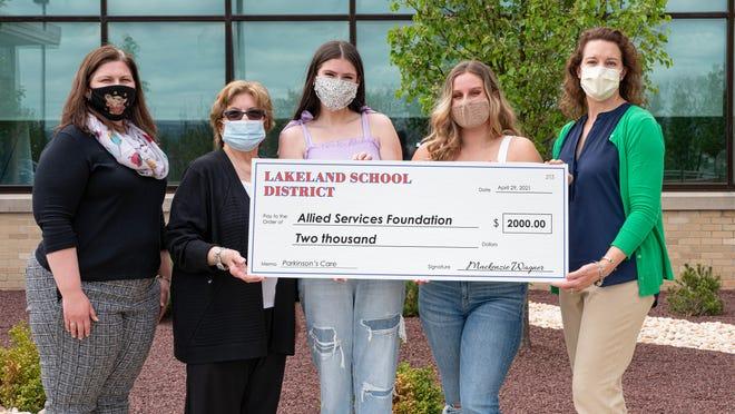 Shown, from left: Nellie Shiver, Teacher, Lakeland High School; Carol Wagner, grandmother; Rachel Battle, Senior, Lakeland High School; Mackenzie Wagner, Senior, Lakeland High School; Dr. Leslie Ritter, Physical Therapist, Allied Services.