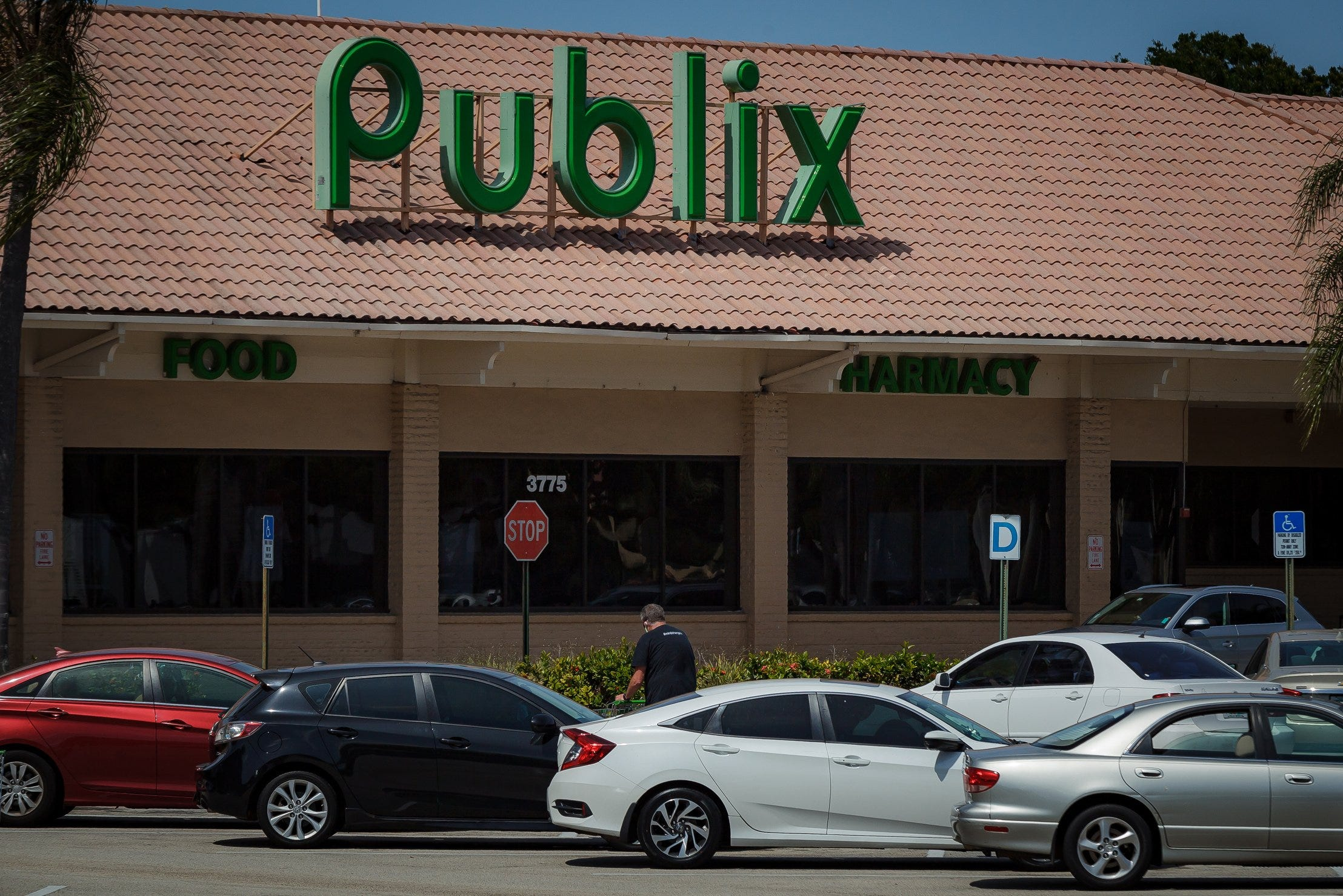 Publix will offer walk-in COVID-19 vaccinations starting Monday