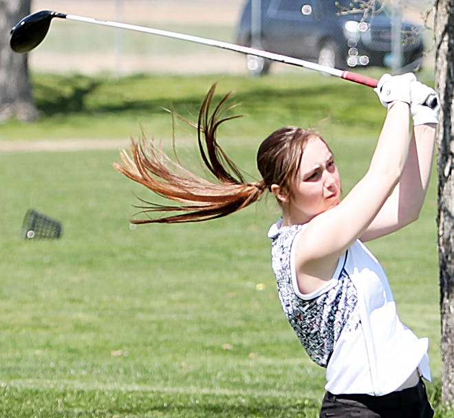 Sisseton's Kelsey Heath shot a 78 to win medalist honors Thursday in the Aberdeen Roncalli Girls Golf Invite at the Lee Park Golf Course.