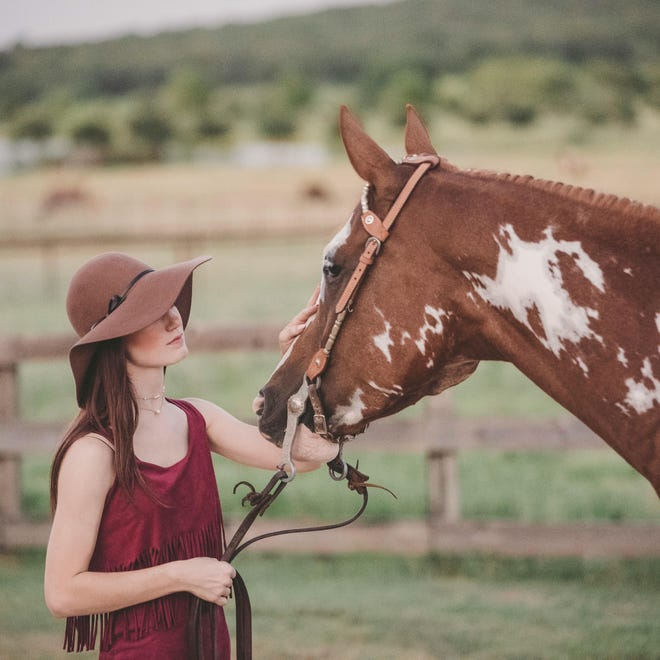 Waxahachie graduating senior Autumn Wells has been named as the recipient of the Ellis County Equine Association's 2021 Nancy Jessup Scholarship in the amount of $1,000.