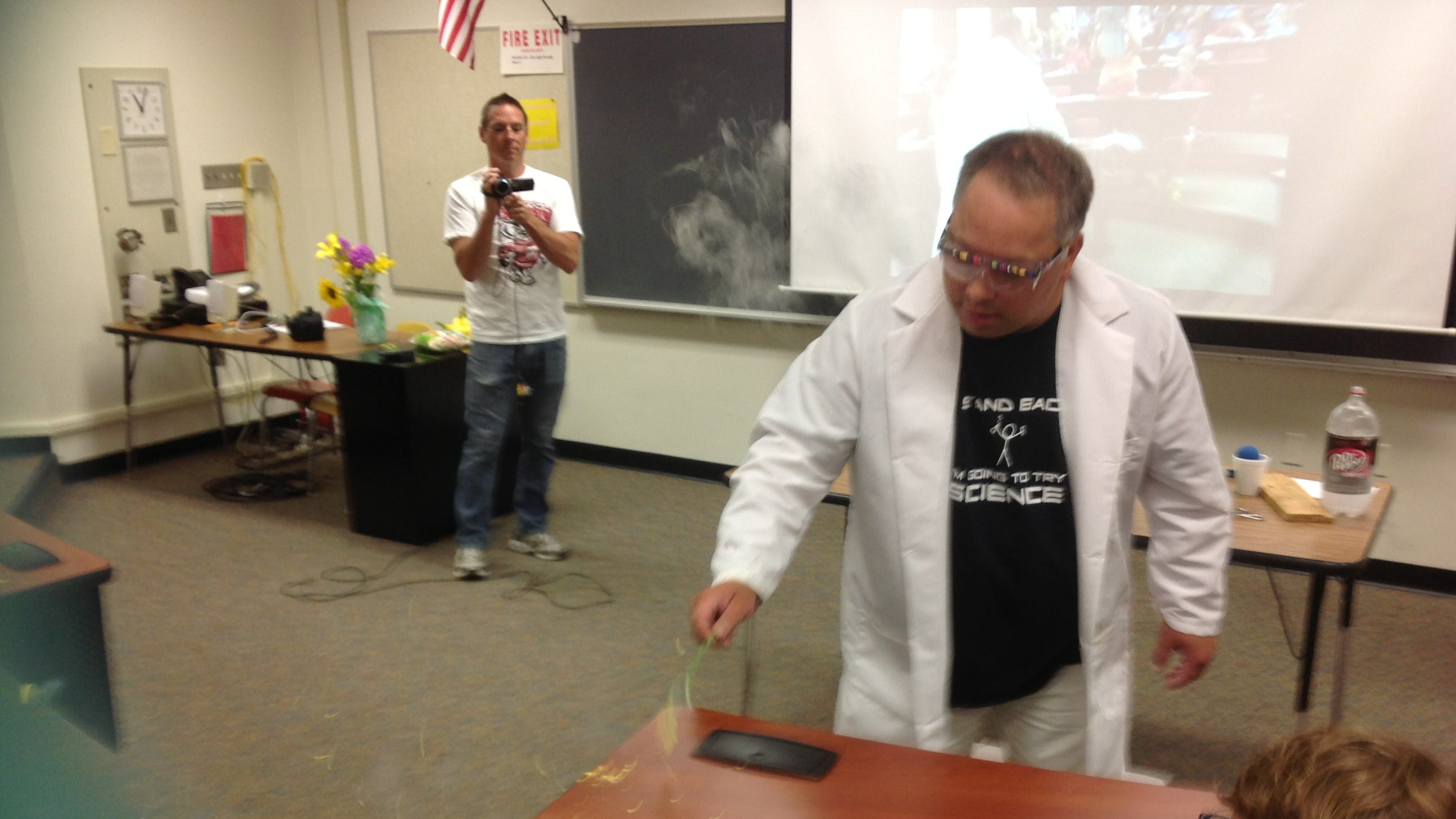 'He really brought science to life': Neenah High students, teachers remember longtime teacher
