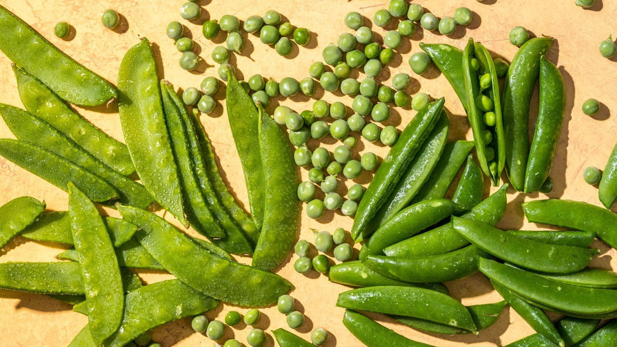 Peas please! Shelling, snow and snap are at their peak 1