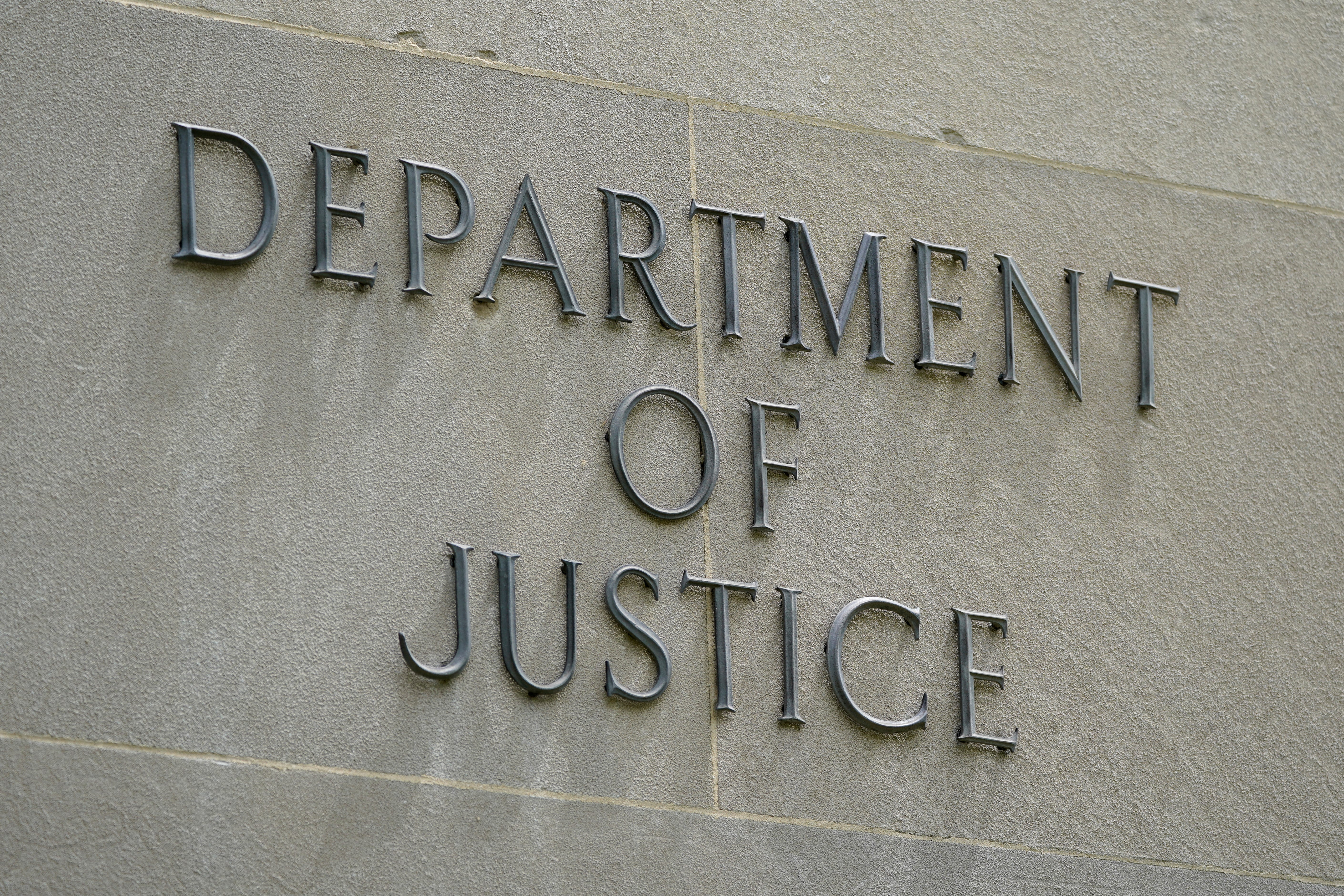 Trump Justice Department secretly obtained Post reporters' phone records 1