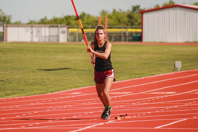 Bronte's Katelyn Bohensky practices the pole vault in Ballinger on Tuesday, May 4, 2021, in preparation for the UIL Track and Field State Championships.