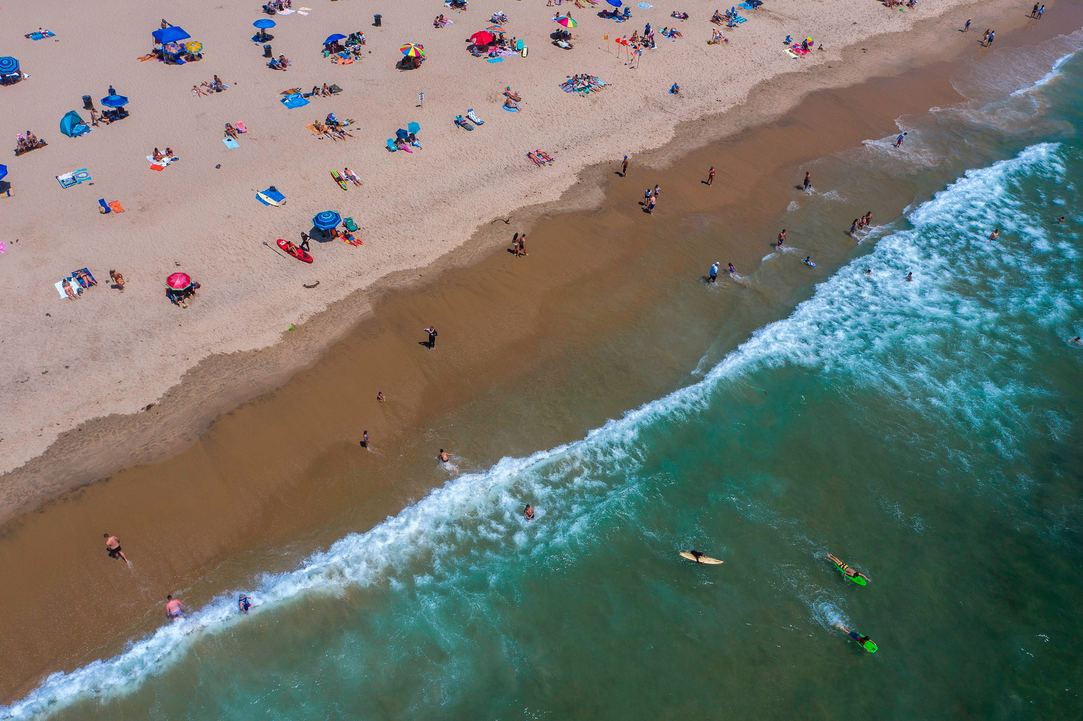 17-million-gallon sewage spill at Los Angeles  largest treatment plant closes miles of Southern California beaches