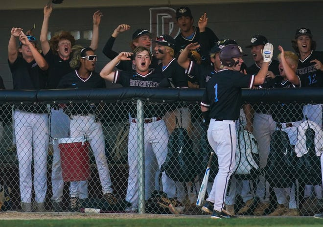 Riverview celebrates against Tampa Sickles on Friday evening.