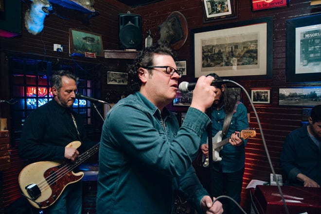 Craig Rawding will perform May 15 at Vincent's
