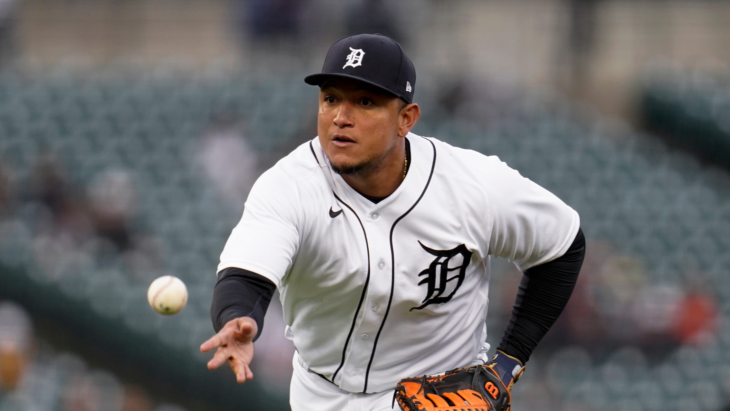 Detroit Tigers beat rain twice, but lose, 7-3, to Minnesota Twins in series opener at home