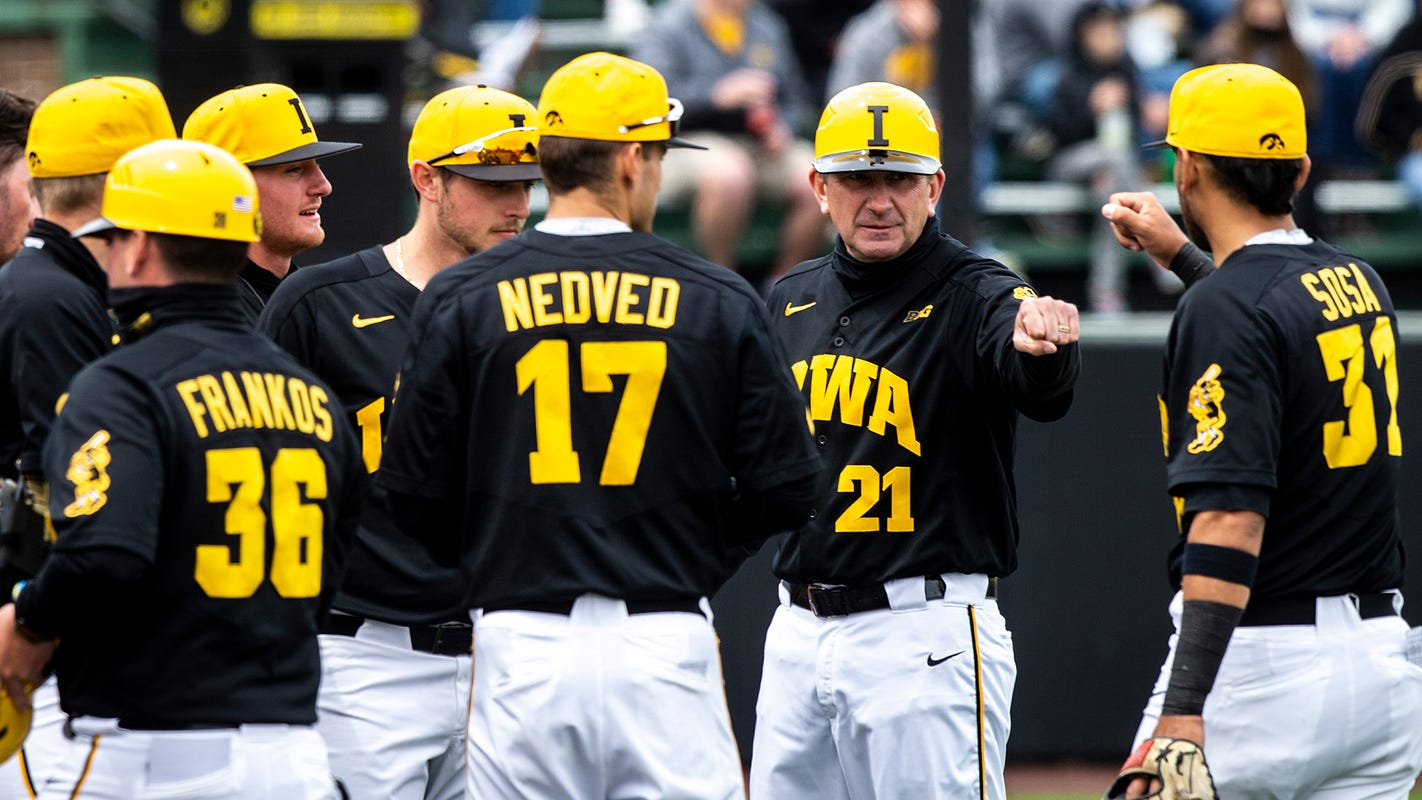 How does Iowa return to the NCAA Tournament? Dissecting Hawkeyes' case with college baseball analysts.