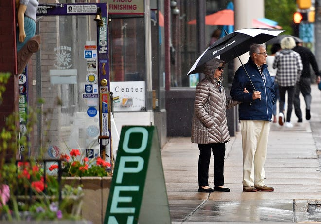 A rainy First Friday in downtown York City, Friday, May 7, 2021. Dawn J. Sagert photo