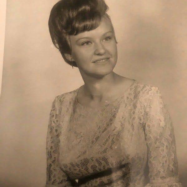 Gail Neenan, mother of Diana Moore.