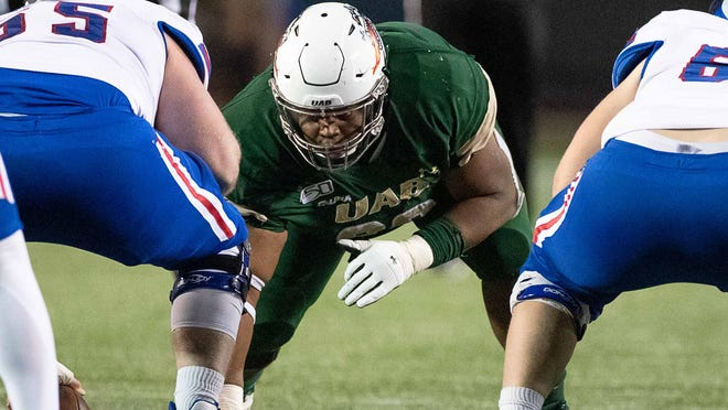 UAB defensive tackle Tony Fair has Auburn listed in his top three potential transfer destinations.