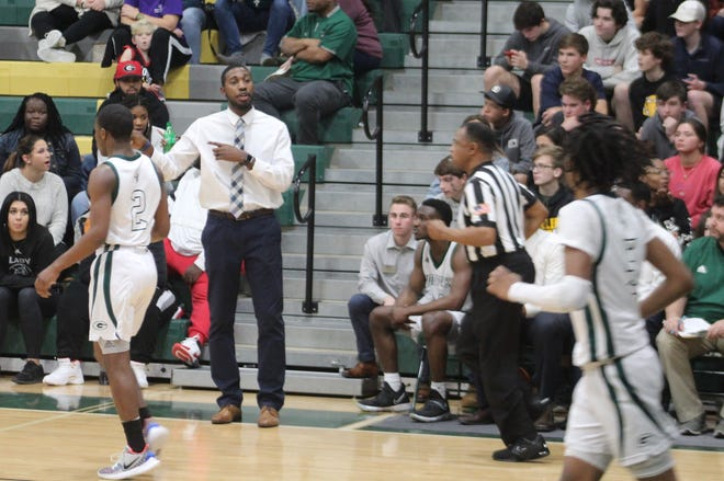 Following an initial announcement he was going to step down, Greenbrier boys' basketball coach Dee Howard will remain head coach the program. Howard is 24-29 in two years with the Wolfpack and led the team to a Georgia High School Association 5A playoff berth this year.