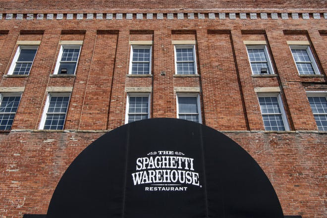 The Spaghetti Warehouse in Columbus is getting an interior refresh.