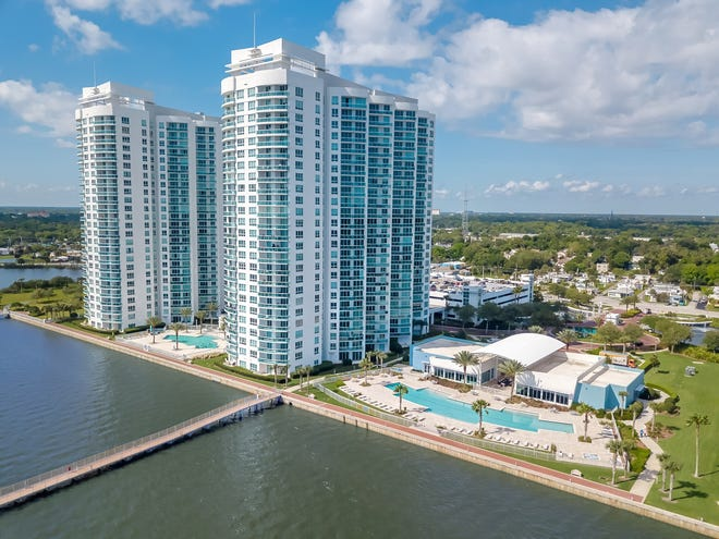 This luxurious 14th-floor unit is in the exquisite 24-hour guard-gated community of Marina Grande on the Halifax in Holly Hill.
