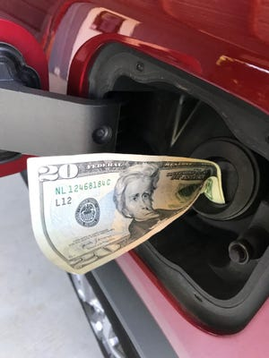Following suggested practices can help consumers save money at the gas pump.